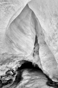 Byron Glacier, Ice Cave_high_res